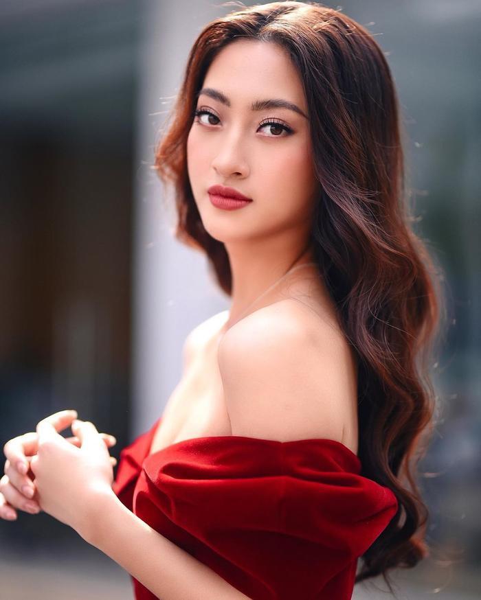 Kim Duyên gây chú ý với fan Miss Universe, fan giục Lương Thùy Linh thi Hoa hậu Hoàn vũ Việt Nam ảnh 4