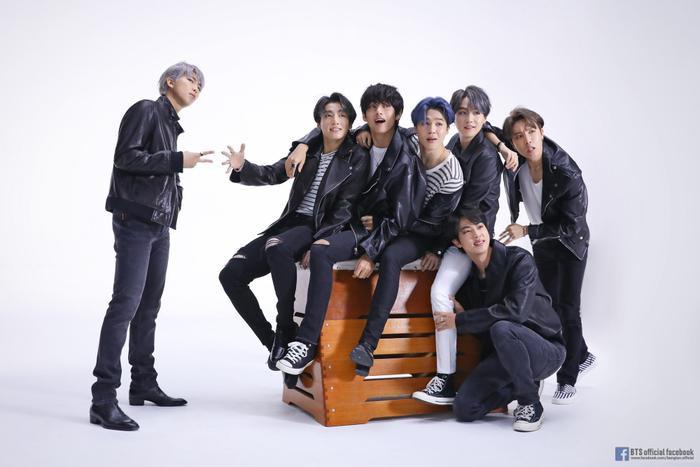 Nhóm BTS chiếm tận 7 vị trí tháng này.