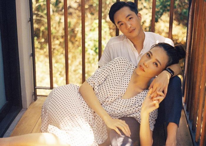 Ngắm Cường Đô La phong độ hút hồn, dân mạng hết lời khen Đàm Thu Trang chăm chồng mát tay ảnh 5