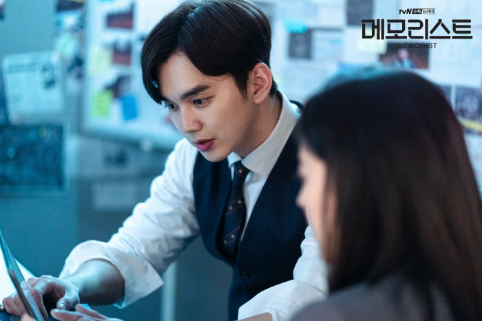 Phim của L (Infinite) rating chỉ đạt 1.8%  Phim Hospital Playlist rating tiếp tục tăng ảnh 2