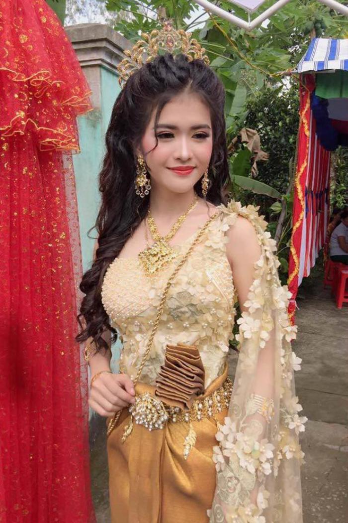 Cuộc sống hôn nhân của cô dâu xinh đẹp người Khmer từng gây sốt cộng đồng mạng bây giờ ra sao? ảnh 1
