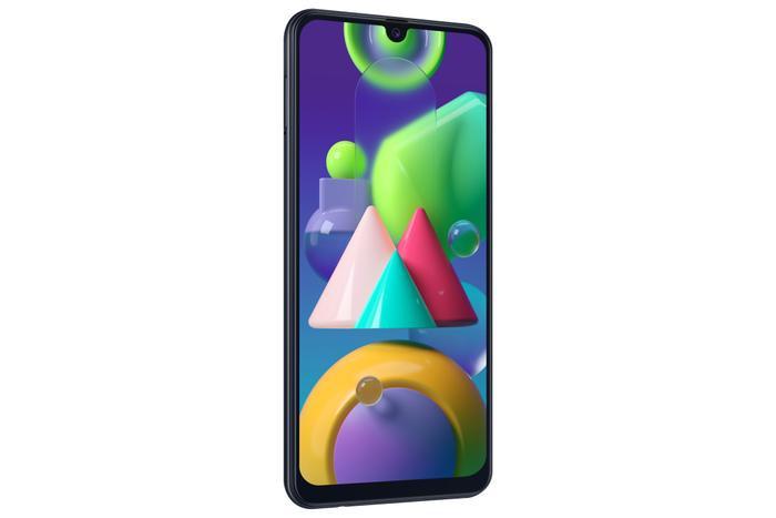 Máy sở hữu thiết kế màn hình tràn viền vô cực Infinity-U 6.4'' FullHD+, Super AMOLED