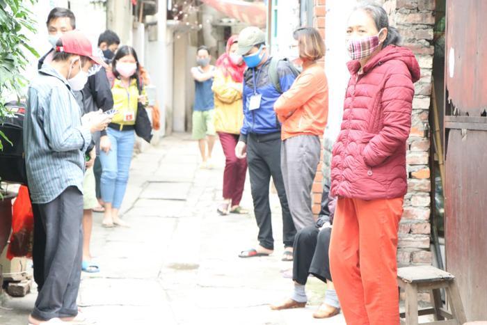 Trải lòng của hàng trăm người chạy thận ở ổ dịch COVID-19 lớn nhất cả nước