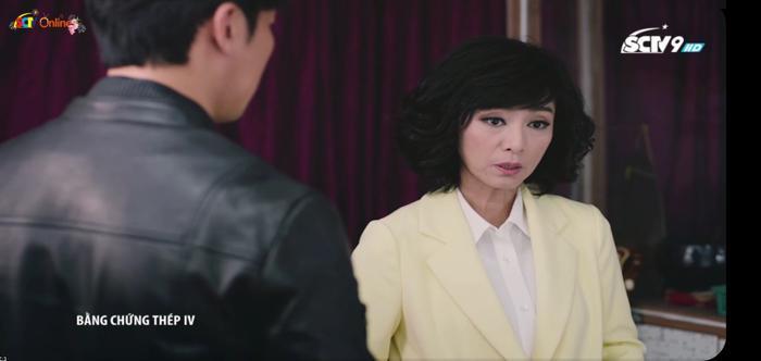 Nữ diễn viên Mễ Tuyết trong vai Long Ánh Tuyết.