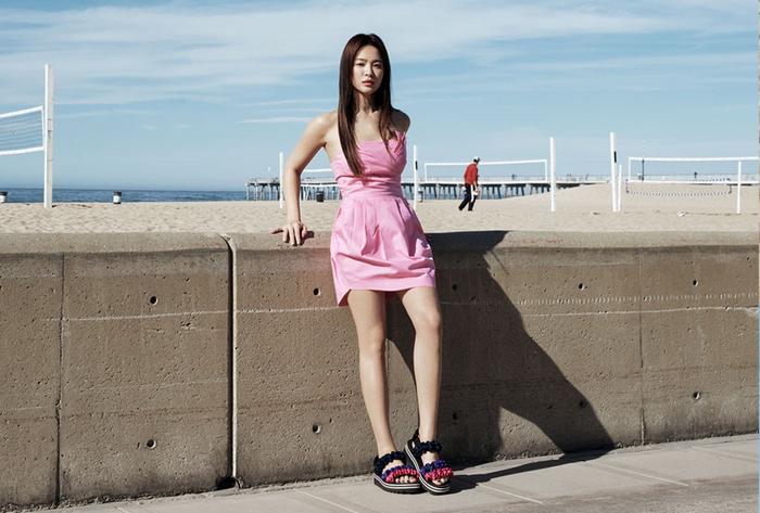 Đẹp xuất sắc hậu ly hôn, Song Hye Kyo khoe vóc dáng nuột nà gợi cảm ở tuổi 38 ảnh 10
