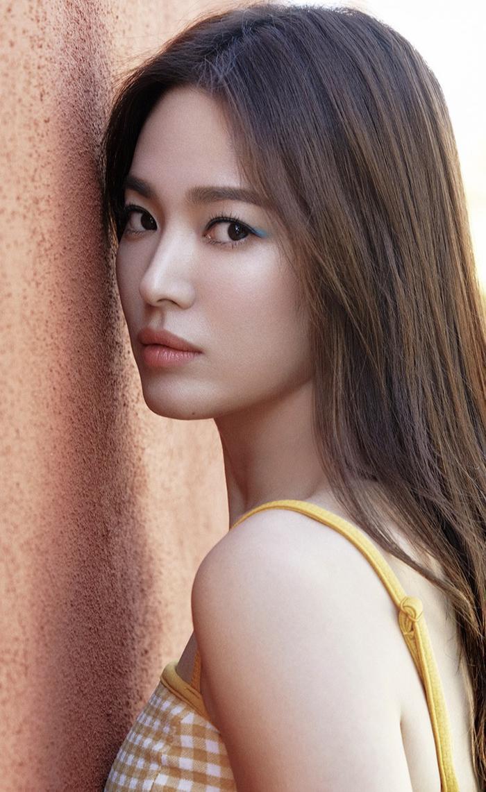 Đẹp xuất sắc hậu ly hôn, Song Hye Kyo khoe vóc dáng nuột nà gợi cảm ở tuổi 38 ảnh 2