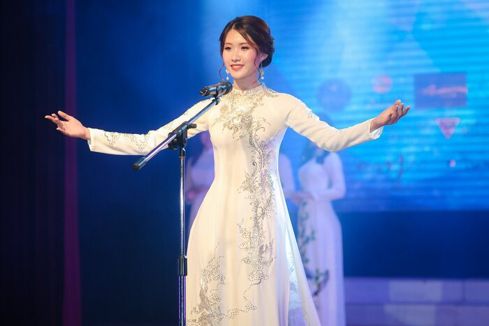 Ngọc Ánh lọt top 7 Miss Áo dài Việt Nam 2018