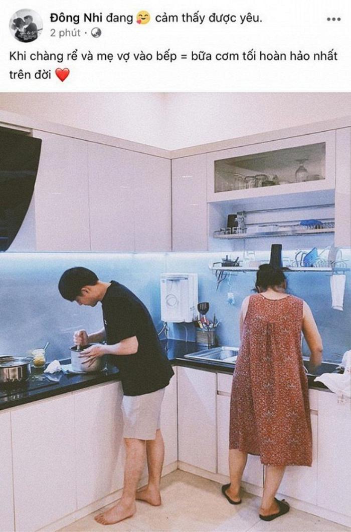 'Ế show' mùa dịch, Đông Nhi ở nhà trổ tài nấu nướng tự tay làm bánh ú cho chồng ăn