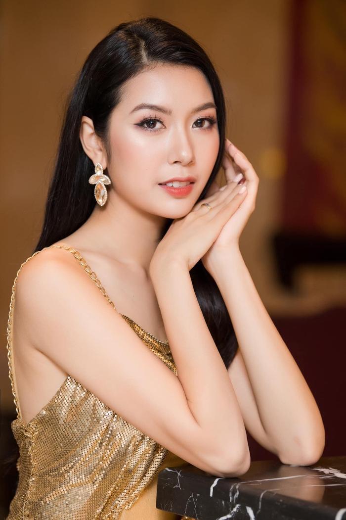Người hâm mộ ủng hộ Thúy Vân khi cô nàng úp mở chuyện kết hôn trong năm nay.