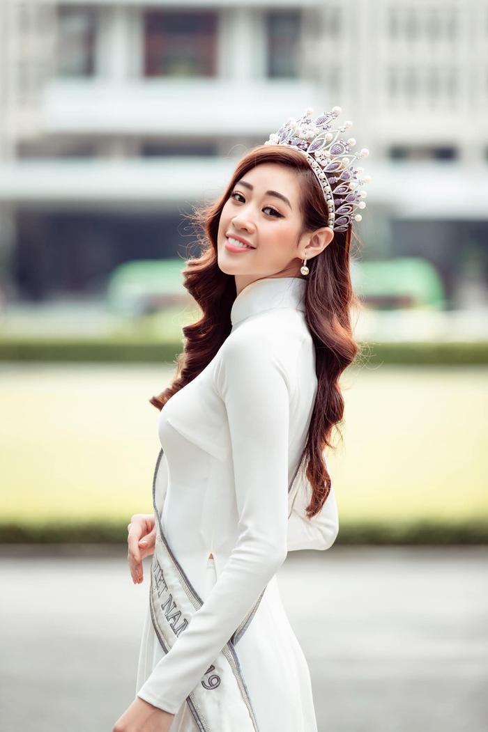Fan quốc tế cũng bắt đầu chú ý và dành nhiều lời khen ngợi, ủng hộ Khánh Vân.