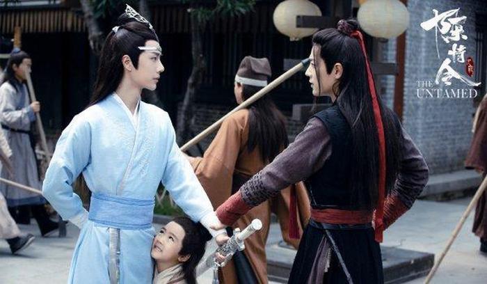 Xem Quan Hồng  Phó Mạnh Bách, Huỳnh Hiểu Minh  Doãn Chính mới hiểu tại sao Tiêu Chiến  Vương Nhất Bác lại được yêu thích nhất ảnh 19