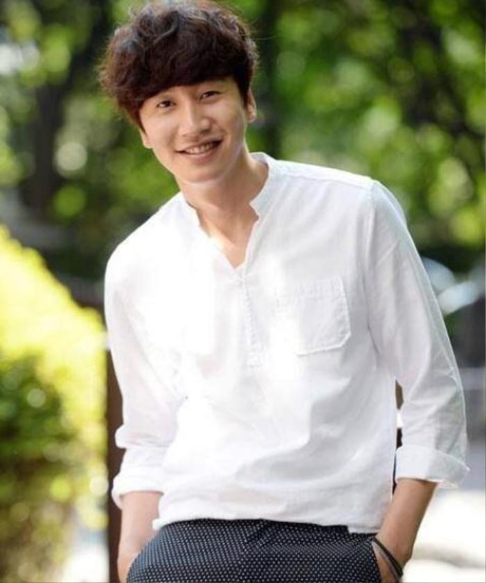 'Hưu cao cổ' Lee Kwang Soo sắp đóng phim mới - 'Trai hư' Jung Joon Young bị phạt 800 đô la Mỹ vì mua bán dâm