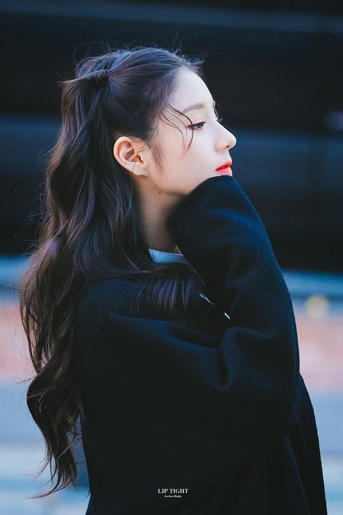 Những nàng Rapunzel sở hữu mái tóc dài quyến rũ của Kpop ảnh 19