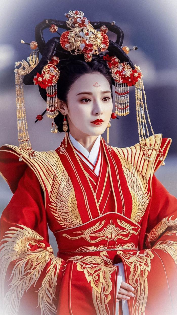 """Bành Tiểu Nhiễm trong phim """"Đông cung""""."""