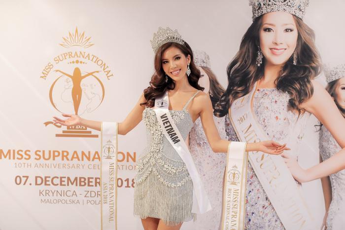 Giật giải từ chuyên gia sắc đẹp quốc tế: Thúy Vân tự hào Á hậu 3, Minh Tú khóc nghẹn vì rớt khỏi Top 5 ảnh 10