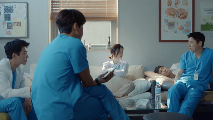 Sau Tầng lớp Itaewon, series Hàn nào đang đứng top trên Netflix tại Việt Nam? ảnh 4