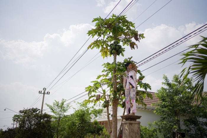 Về quê làm vườn, HHen Niê duyên dáng thừa nhận: Hen điên quá nên ế, làm hoa hậu mới có người vớt ảnh 9