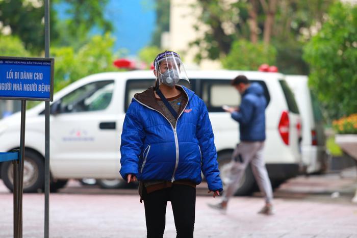 , Bệnh viện Phụ sản Hà Nội phải rà soát lại đường đi của ca bệnh 243, xem còn ai tiếp xúc gần để tiếp tục khoanh vùng, xử lý. Ảnh minh hoạ