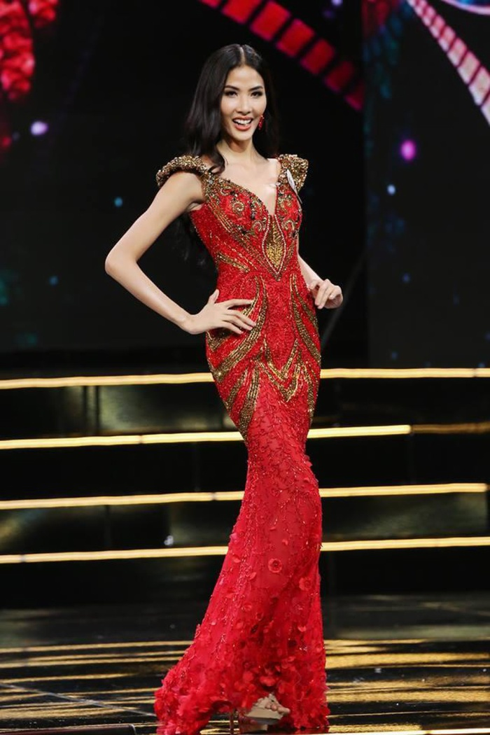 Nhuộm đỏ sàn diễn: Hương Giang đăng quang huy hoàng, Khánh Vân  Hoài Sa chiếm trọn spotlight ảnh 13