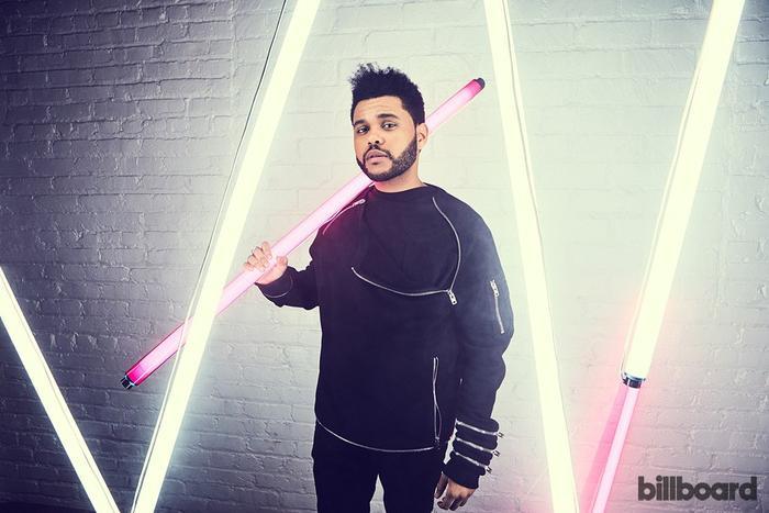 Đây cũng chính thức đánh dấu tuần lễ thứ 2 anh chàng đã có thể soán ngôi siêu hit The Box - một thành tích mà kể cả Dua Lipa lẫn Drake đã thất bại. Xin chúc mừng The Weeknd!