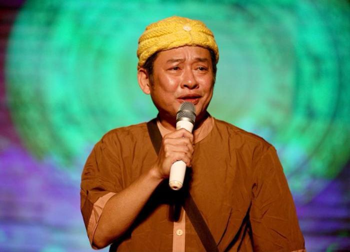 Nghệ sĩ hài Tấn Beo tiễn con trai lên đường tham gialực lượng tuyến đầu phòng chống dịch COVID-19 ảnh 0