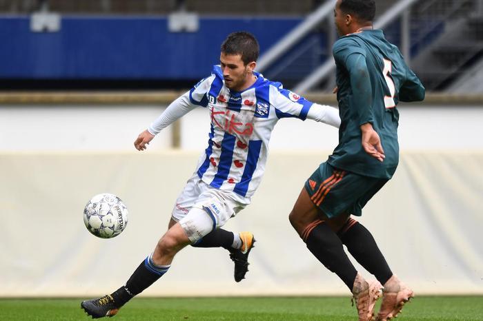Jordy Bruijn có 1 bàn thắng và 3 kiến tạo cho CLB Heerenveen ở mùa này.