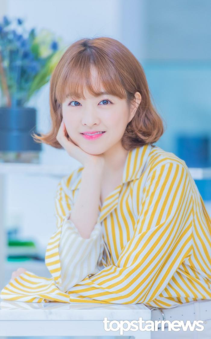 20 nữ diễn viên Hàn đẹp nhất mọi thời đại: Bạn gái cũ So Ji Sub đứng nhì, người top 1 có xứng đáng? ảnh 12