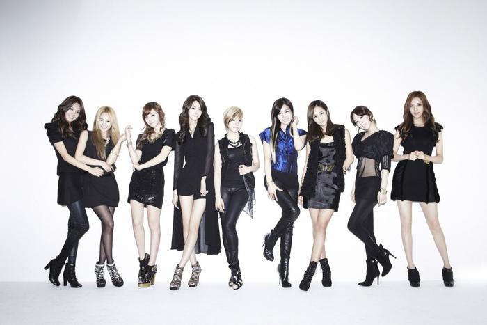 Dù đứng hạng 3 nhưng SNSD chính lànhóm nhạc nữ gen 2 trong top 10 girlgroup bán đĩa trên Gaon khiến Knet bất ngờ.