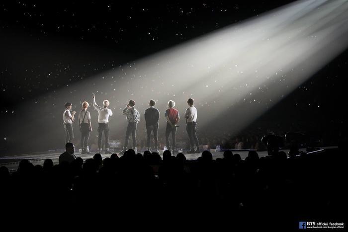 Big Hit công chiếu loạt concert của BTS trên youtube để bù đắp cho fan giữa mùa dịch ảnh 0