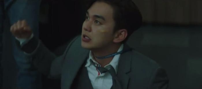 Tập 10 Memorist  Hồi ức: Chạm mặt tên sát thủ, Dong Baek tặng hắn 2 viên đạn vào ngực ảnh 11