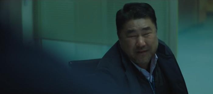 Tập 10 Memorist  Hồi ức: Chạm mặt tên sát thủ, Dong Baek tặng hắn 2 viên đạn vào ngực ảnh 12