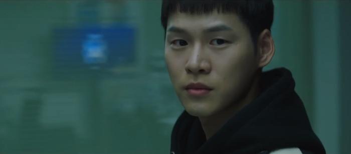 Tập 10 Memorist  Hồi ức: Chạm mặt tên sát thủ, Dong Baek tặng hắn 2 viên đạn vào ngực ảnh 13