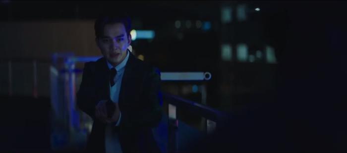 Tập 10 Memorist  Hồi ức: Chạm mặt tên sát thủ, Dong Baek tặng hắn 2 viên đạn vào ngực ảnh 23