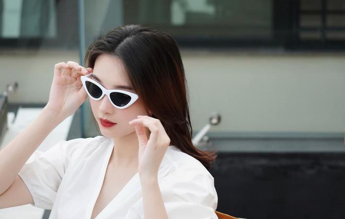Hoa hậu Đặng Thu Thảo đẹp mặn mà, úp mở sinh con thứ 2 trong vài tuần tới