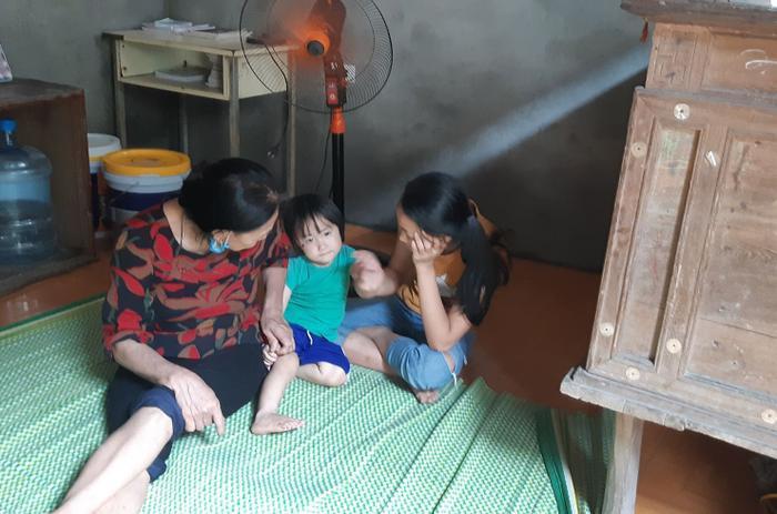 Cuộc sống hiện tại của cặp vợ chồng 29 tuổi đẻ sòn sòn 8 con ở Hà Nội: 'Nhà thoát nghèo rồi, dịch bệnh các con phụ giúp bố xây nhà' ảnh 5