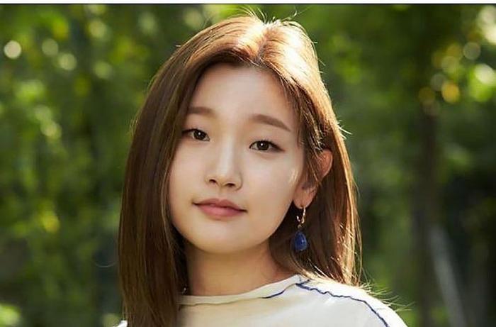 4 nữ diễn viên Hàn Quốc sở hữu mắt một mí: Mối tình đầu của Lee Min Ho hẳn đã đẹp nhất? ảnh 9