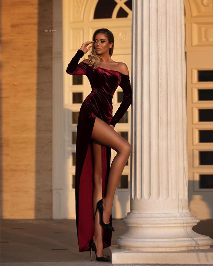 Siêu mẫu với nhan sắc búp bê sống cao 1m81 trở thành đối thủ của Khánh Vân ở Miss Universe 2020 ảnh 6