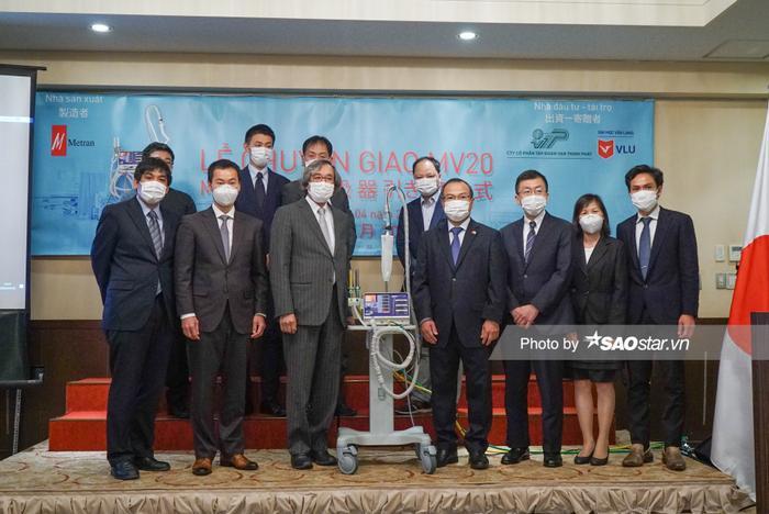 Ali Hoàng Dương dặn dò fan ra ngoài cẩn thận mùa COVID-19, vui mừng vì Việt Nam sắp có 2000 máy thở MV20 ảnh 5