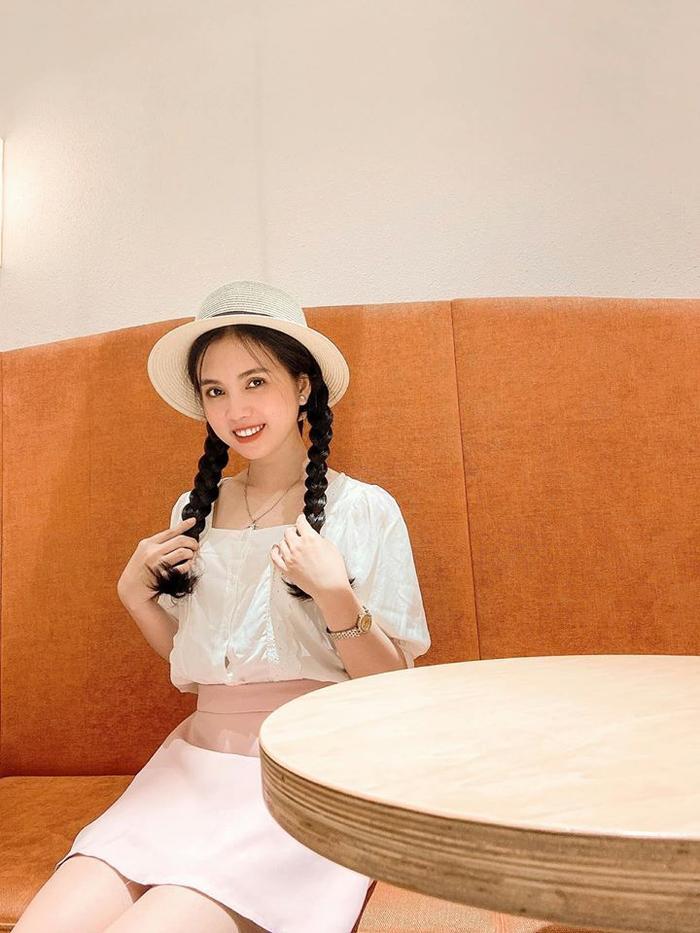 Nhân Ngày của mẹ, dàn     hotgirl Việt xúc động trải lòng: Dù có đi xa hay mệt mỏi tới đâu, chỉ cần về nhà với mẹ sẽ bình yên! ảnh     16