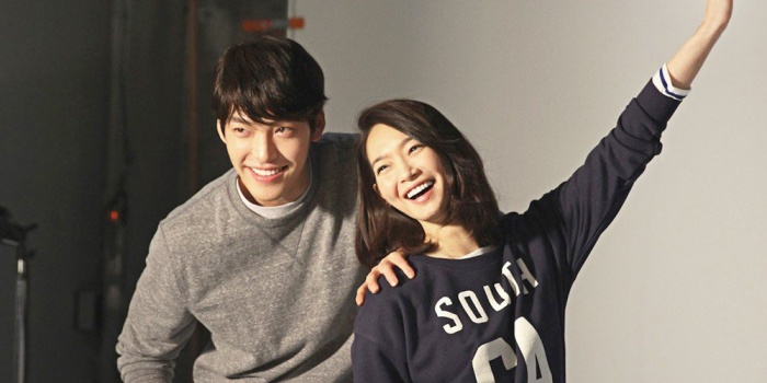 10 cặp đôi, vợ chồng nổi tiếng nhất Kbiz:     Jung Kyung Ho tặng Sooyoung (SNSD) 1000 bông hồng ảnh 7