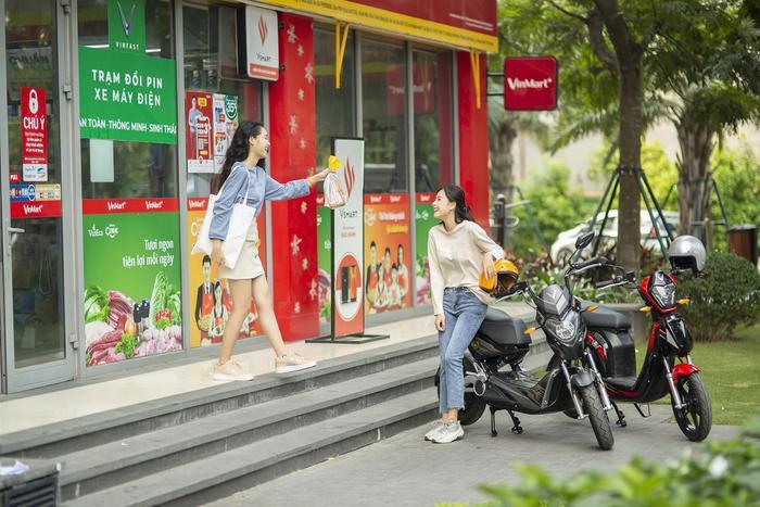 VinFast miễn phí 1 năm thuê bao pin xe máy điện cho 2020 khách hàng, giảm 50% phí thuê bao trong 3 tháng ảnh 0