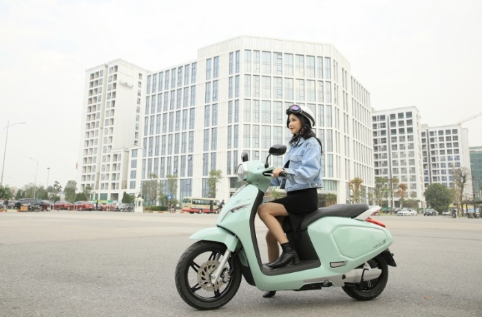 VinFast miễn phí 1 năm thuê bao pin xe máy điện cho 2020 khách hàng, giảm 50% phí thuê bao trong 3 tháng ảnh 1