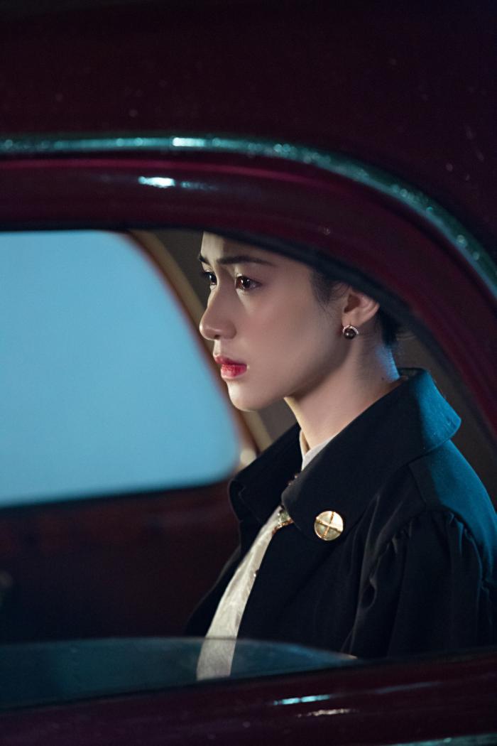 Hòa Minzy chính thức tái xuất với #KTCNSK: Nhạc gây sát thương mạnh, MV chưa đã và spotlight dành cho trùm cuối từng khiến Hương Giang lao đao ảnh 3