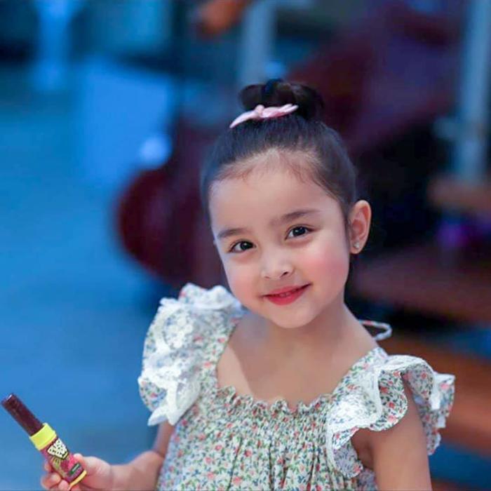 Zia đã được bố mẹ mở tài khoản tiết kiệm từ thù lao cô bé kiếm được