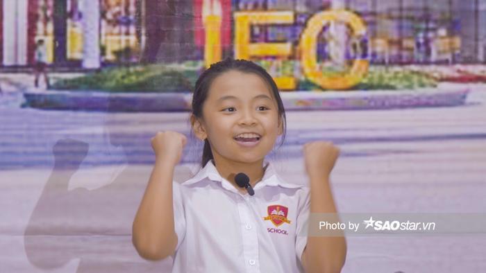 Cô bé lớp 3 nhảy 'Baby Shark' cực đáng yêu thuyết phục cô giáo chủ nhiệm mời diễn đám cưới ảnh 2