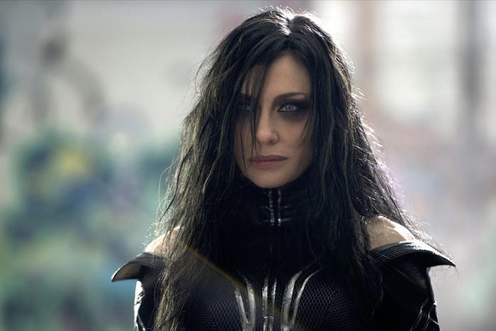 Giả thiết cho rằng Hela là mẹ ruột của Loki.
