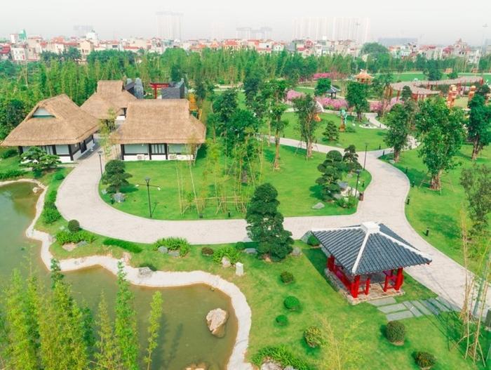 Những góc sống ảo chất ngất tại Công viên Nhật Bản đầu tiên tại Hà Nội ảnh 7