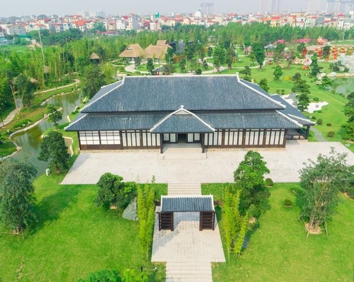 Những góc sống ảo chất ngất tại Công viên Nhật Bản đầu tiên tại Hà Nội ảnh 8