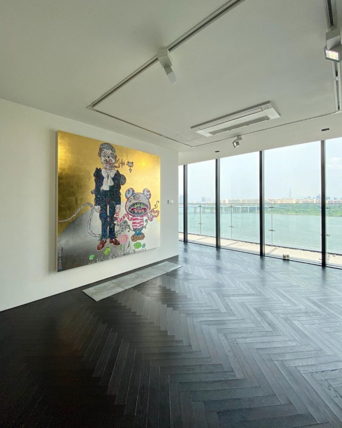 T.O.P khoe nhà đúng chất phòng trưng bày nghệ thuật - 'Trai hư' Jung Joon Young đã làm điều này ở trại giam