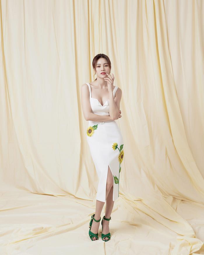 Ninh Dương Lan Ngọc diện sắc trắng tinh khôi, đẹp tựa giọt sương ban mai ảnh 0
